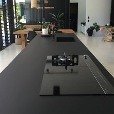 Sometimes less is more. ..... Mostly always @stylelifehome #visitnoosa #discoverqueensland #architecture #minamalism #black #matt #fenix #kitchen #sarahwallerdesign #sarahwallerbuilding #doonan #glasshouse