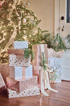 Rose Gold Vintage-Glam Christmas Home Tour - wynn & roo - christmas presents under the tree – blush and gold christmas decor, gift wrapping - Rose Gold Christmas Decorations, Christmas Rose, Beautiful Christmas, Christmas Holidays, Cheap Christmas, Xmas, Christmas Ideas, Christmas Girls, Christmas Wedding