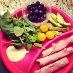 Healthy lunch or dinner for kids: Black Forest ham Blueberries Yellow cherry tomatoes Avocado Organic baby spinach leaves Ranch dressing made with yogurt (Marie's)
