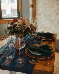 Moody jewel tone wedding sweetheart table setting at Onesto in Milwaukee's Third Ward. | Styled by Natural Elegance LLC | Photo by Nikki Kate Photography Jewel Tone Wedding, Burgundy Wedding, Wedding Colors, Fall Wedding, Wedding Ideas, Wedding Book, Wedding Themes, Elegant Wedding, Wedding Flowers