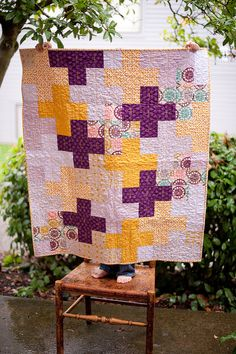 purple/gold cross quilt with tutorial