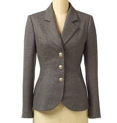 Vogue Patterns Sewing Pattern Misses'/Misses' Petite Three-Button Blazer Vogue Patterns, Knitting Patterns, Couture Jackets, Tailored Jacket, Jacket Pattern, Blazer Buttons, Vest Jacket, Modest Fashion, Look