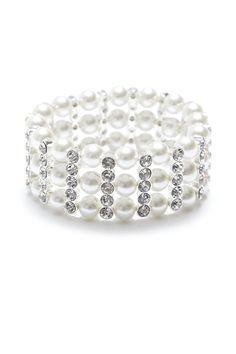 Pearl Stretch Bracelet (AUD $19.99).