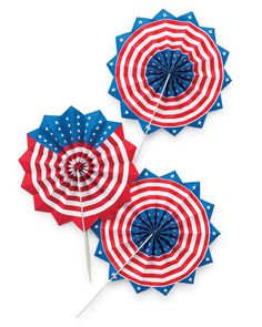 Make your own patriotic fans for Independence Day