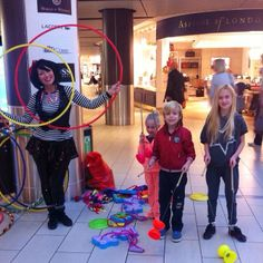 This morning we've had circus performers and a comedy duo entertaining passengers in South Terminal. We will now be in North Terminal from 9-11am! There's also a craft table for children to make Easter cards. #lgwlive #funfridays