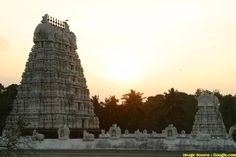 INCREDIBLE INDIA - Community - Google+ Incredible India, Temple, The Incredibles, Community, Sign, Architecture, Google, Travel, Arquitetura