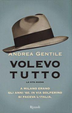 """Il lettore ha l'impressione di trovarsi tra le mani un """"genere romanzo"""", così è, ma è solo apparenza."""