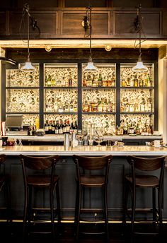 European-American fare & inventive cocktails served in a stylish, high-ceiling space in Hotel G.