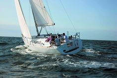 Beneteau Oceanis 34 - Small Family Scape