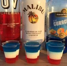 of July All American Jello Shots Celebrate America in style with our unbelievably tasty of July All American Jello Shots! Our of July All American Jello Shots are made with Jello Mix, Cherry Vodka, Coconut Rum, and Blue Curacao! Perfect for Memorial Day! Snacks Für Party, Party Drinks, Fun Drinks, Yummy Drinks, Beverages, Parties Food, Party Games, Party Shots, Fourth Of July Food