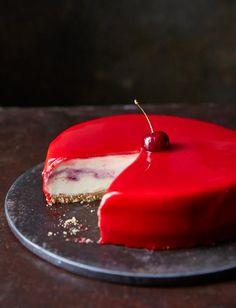 /White-chocolate-and-cherry-cheesecake-with-red-mirror-glaze-1120.jpg