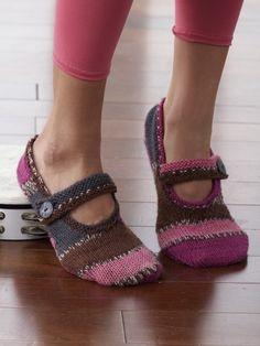 Plain Slippers | Yarn | Free Knitting Patterns | Crochet Patterns | Yarnspirations