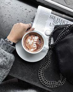 Time for a break #berlin #coffee #daphale