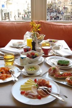 Frühstück in Meinls Restaurant mit Blick auf den Graben - wirklich einmalig!