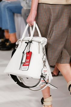 Maison Margiela Spring 2018 Ready-to-Wear Accessories Photos - Vogue