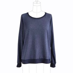 We just added a whole boatload of brand-new classes to our calendar, and we're SUPER excited about this one: Sew a Linden Sweatshirt! Working from the beloved @grainlinestudio Linden Sweatshirt pattern, you'll learn the basics of sewing a garment from a pattern, and everything you need to know about working with stretchy knit fabrics. Just go check out the #lindensweatshirt and #lindenlove hashtags to see ALL the amazing looks you can make with this one easy pattern! (We're obsessed!) This…
