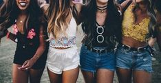 TOP 12 Adorable Outfits Perfect For Spring Break!