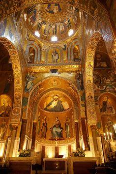 Byzantine Christian Mosaics of The Palatine Chapel  ( Capella Palatina) in The Norman Palace (Palazzo dei Normanni), Palermo, Sicily