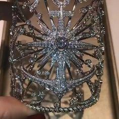 Girls Jewelry, High Jewelry, Jewelry Accessories, Jewellery, Harry Potter Bracelet, Chaumet, Princess Aesthetic, Art Deco Diamond, Slytherin