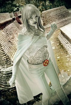 Emma Frost (X-Men), cosplayed by Lola Gonzalez, photographed by Jonathan Duran