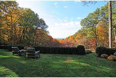 Fall foliage in Far Hills, NJ