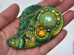 """Купить Брошь """"Зеленый лист"""". - зелёный, золотистый, украшение, брошь, ручная…"""