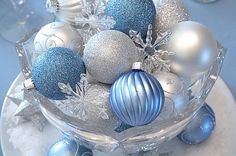 Blue and White Winter Wedding Table Decorations