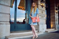 There's nothing more chic than tweed. And there's definitely no color fresher than a beautiful light, hypnotizing blue. Add to it a pop of bright orange tangerine color and some powder pink shades and you got a pretty… Fashion Art, Fashion Looks, Womens Fashion, Kristina Bazan, Tangerine Color, Tweed Coat, Summer Wardrobe, Summer Looks, Passion For Fashion