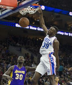 76ers top Lakers for 1st win of season, snap 28-game skid (Yahoo Sports) #sport