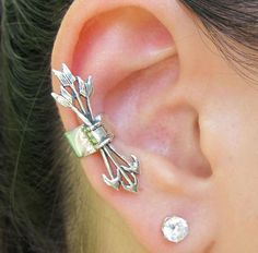 Antique Arrow Set Fashion Ear Cuff (Single) | LilyFair Jewelry, $9.99!
