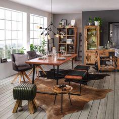 Vitrine in Naturfarben Massiv online kaufen ➤ mömax Office Desk, Mans World, Conference Room, Dining Table, Furniture, Home Decor, Glass Display Case, Natural Colors, Living Area