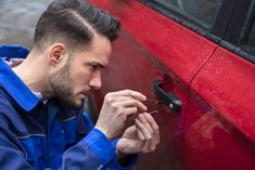 Locksmith Services in Australia - Choosing a locksmith who is open for 24 hours a day, 7 days a week is preferable. Compared to usual working hours locksmith, emergency locksmith services also provide additional services. Key Locksmith, Emergency Locksmith, Locksmith Services, Automotive Locksmith, Car Breaks, Safety And Security, Historic Homes, News Today, Las Vegas