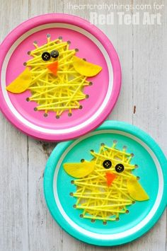 Easter Paper Plate Chicks - this paper plate sewing craft is SO CUTE for Easter. Perfect fine motor skill activity for kids and simply the most adorable Paper Plate Chick Craft!