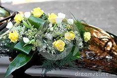 Resultado de imagem para flores amarelas para decoração