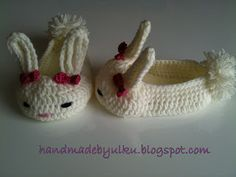 Handmade by Ülkü: Free Crochet Instructions for Baby Hasenschühchen / Free Pattern Crochet Baby Shoes Bunny / Tavsan Bebek Patigi