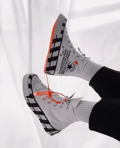 Converse Mens Chuck 70 Off White Hi White/Cone/Black Canvas Sneakers Fashion, Fashion Shoes, Shoes Sneakers, Vans Shoes, Retro Sneakers, Men's Fashion, Nike Air Force, Air Force Jordans, Off White Converse