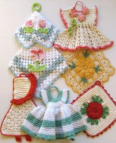 J481 Vintage Kitchen Crochet Patterns. Vintage Crochet Rug Pattern....Crochet Potholder Patterns...Lemons...