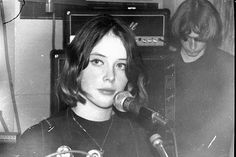 Slowdive made me appreciate shoegaze music... maybe there'll be shoegaze inspired fashion.