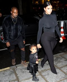 d5ca04294eef1 214 Best Kim Kardashian-West images | Kardashian fashion, Kardashian ...