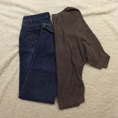 U.S. POLO assn. jeans Like new condition. The size is 5/6. Waistband is approximately 13.5 inches across with some stretch. Inseam is 31 inches. U.S. POLO ASSN Jeans