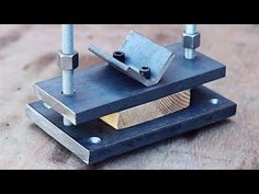 Genius idea! Tool with secret!!! - YouTube Metal Bending Tools, Metal Working Tools, Wood Working, Homemade Tools, Diy Tools, Fencing Tools, Grinder Stand, Garden Bench Plans, Fabrication Tools