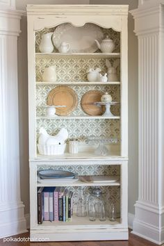 How to Paint a Shabby Chic Bookcase with Furniture Stencils & Chalk Paint - Easy and Affordable Tutorial - Rustic Farmhouse Shabby Chic Kitchen Decor Idea Shabby Chic Kitchen Decor, Retro Home Decor, Shabby Chic Furniture, Diy Home Decor, Rustic Furniture, Room Decor, Distressed Furniture, French Furniture, Classic Furniture