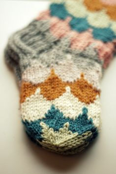 An entry from le petit trianon Knitting For Kids, Knitting Projects, Baby Knitting, Crochet Projects, Crochet Socks, Knitting Socks, Knit Crochet, Knit Socks, Knitting Patterns