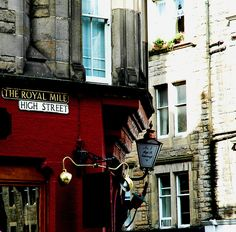 The Royal Mile/High Street,Edinburgh, Scotland... oh the time spent there