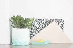 Flower pot makeover using painted paper