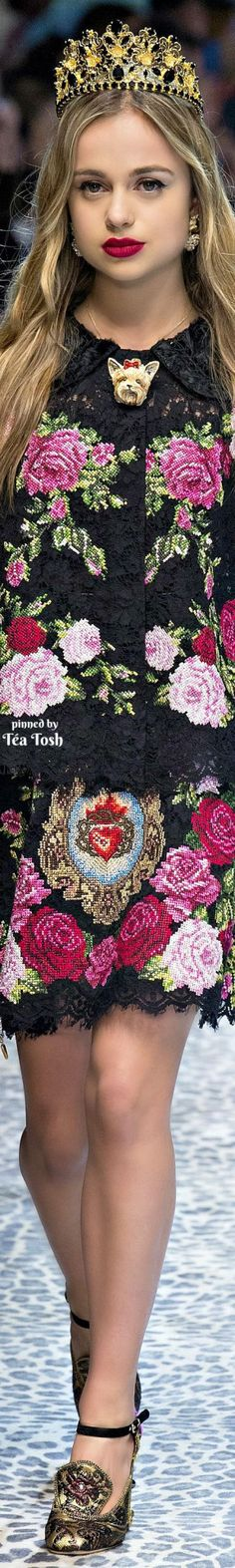 ❇Téa Tosh❇ Dolce & Gabbana, Fall 2017, Ready-to-Wear Collection