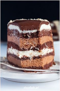 Tort truflowy - I Love Bake No Cook Desserts, Delicious Desserts, Cake Truffles, Cupcakes, Cookie Recipes, Dessert Recipes, Fruit Birthday Cake, Mini Tortillas, Pin On