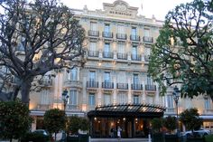 A break under the sign of luxury in Monte Carlo.Indian summer on the French Riviera. Famous in the Principality of Monaco, Monte-Carlo owes its prestige to its casino surrounded by gardens, famous opera, to luxurious hotels in Paris or the Hermitage or the National Museum of Fine Arts.