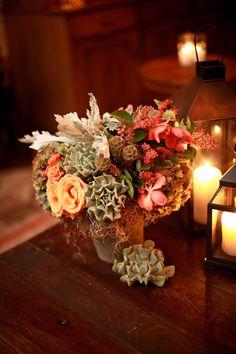 Succulent Centerpiece ~ Photography by clarkwalkerstudio.com, Flowers by mindyrice.com
