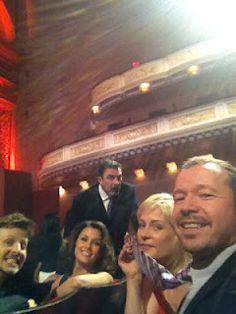 "❤NKOTB ~ Donnie Wahlberg❤ With the ""familia"" at Carnegie Hall! Blue Bloods Eddie, Blue Bloods Tv Show, Tom Selleck Blue Bloods, Cbs Tv Shows, Jesse Stone, Donnie Wahlberg, Great Tv Shows, Stuff And Thangs, Tv Guide"